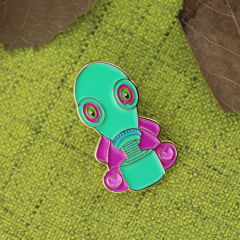 Aliens lapel pins