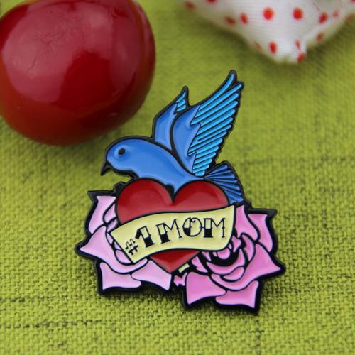 souvenir enamel pins