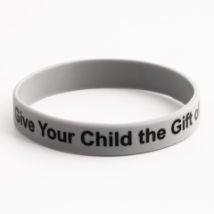 Give Your Child the Gift of Bilingualism Wristbands