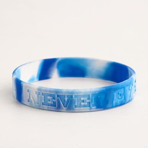 Never Ever Give Up Awesome Wristbands